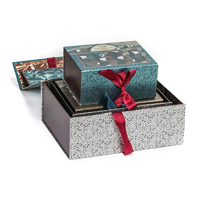 Magnetic Paper Gift Box with Ribbon Closure